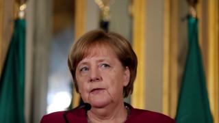 «Έτοιμη» να συνεργαστεί με τη νέα κυβέρνηση της Ιταλία η Μέρκελ