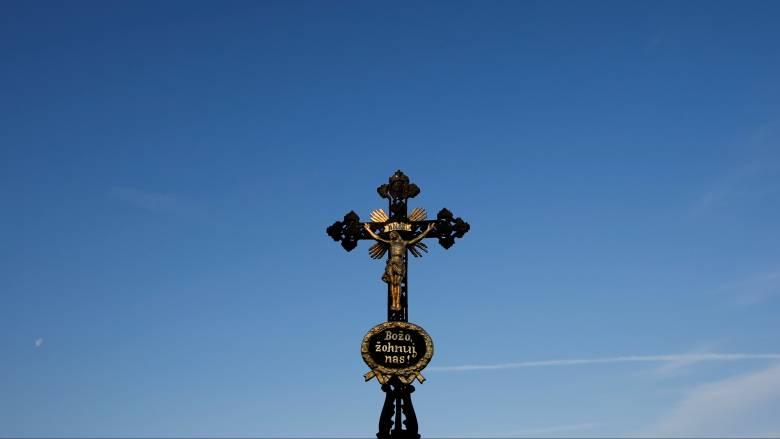 Γερμανία: Υποχρεωτική η παρουσία σταυρού σε όλα τα δημόσια κτήρια της Βαυαρίας