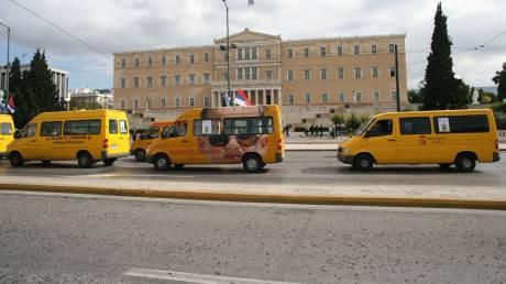 «Γερασμένα» τα σχολικά και τουριστικά λεωφορεία που κινούνται στην Αθήνα