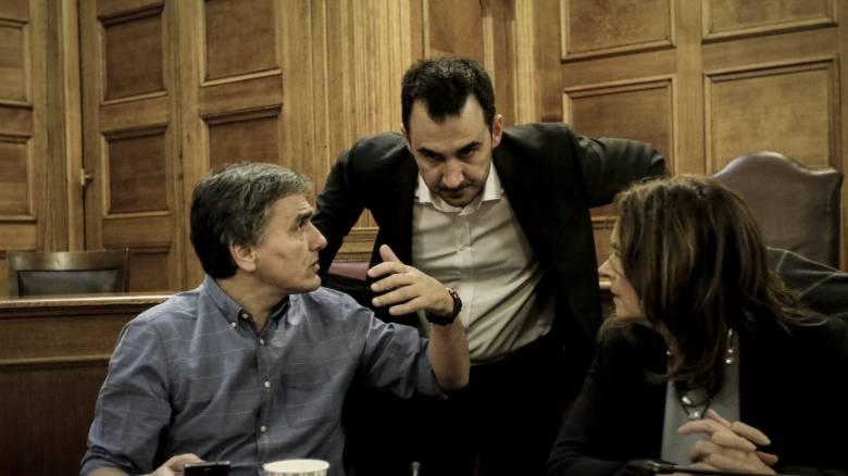 Eνημέρωση για τα προαπαιτούμενα σε βουλευτές του ΣΥΡΙΖΑ