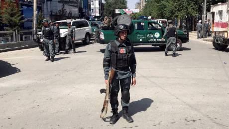 Επίθεση αυτοκτονίας στην Καμπούλ