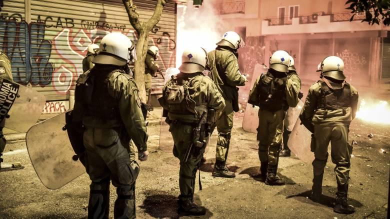 Προανάκριση για το φερόμενο κάψιμο ελληνικής σημαίας στα Εξάρχεια