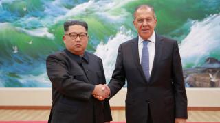Πρόσκληση Λαβρόφ σε Κιμ Γιονγκ Ουν για επίσκεψη στη Ρωσία