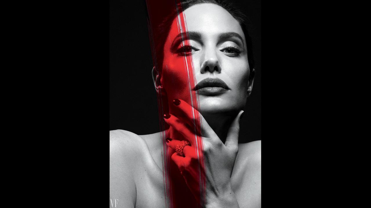 https://cdn.cnngreece.gr/media/news/2018/06/04/132850/photos/snapshot/a-angelina-jolie-vf-0917-cover-ss03.png