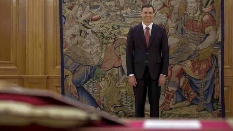 Κυβέρνηση χωρίς τους Podemos σχεδιάζει ο Σάντσεθ