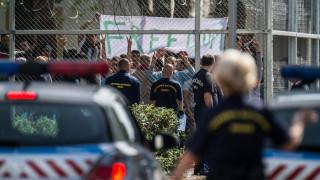 Η Ουγγαρία θέλει να ποινικοποιήσει την προσφορά βοήθειας προς μετανάστες
