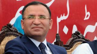 «Κεραυνοί» της Άγκυρας για την απελευθέρωση των Τούρκων στρατιωτικών