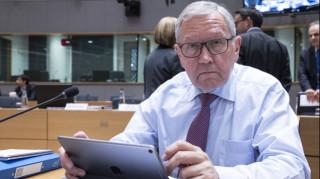 «Τροχιοδεικτικές» δηλώσεις Ρέγκλινγκ για την υπόθεση του χρέους