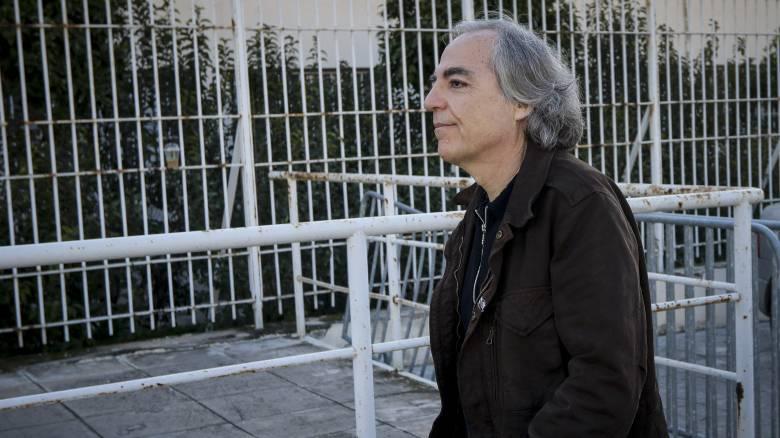 «Δεν θα έκανα δήλωση μετανοίας για τη 17Ν»: Ο Δημήτρης Κουφοντίνας συνεχίζει την απεργία πείνας