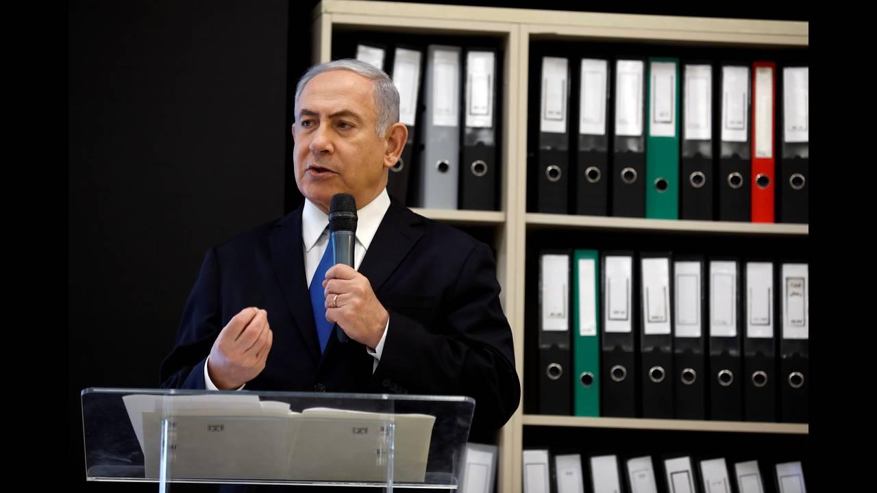 https://cdn.cnngreece.gr/media/news/2018/06/05/133042/photos/snapshot/2018-04-30T174308Z_2098582896_RC14594B4160_RTRMADP_3_ISRAEL-IRAN-NETANYAHU.JPG
