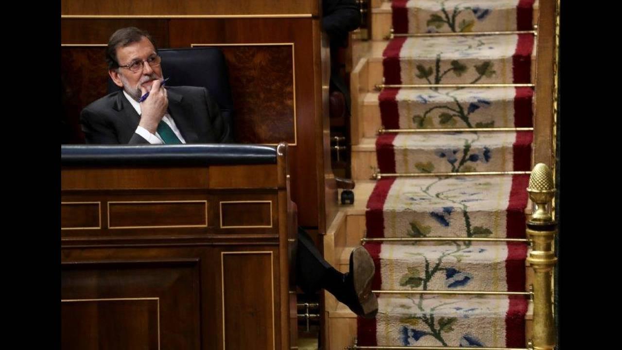 https://cdn.cnngreece.gr/media/news/2018/06/06/133126/photos/snapshot/2018-05-31T105647Z_1210876409_RC1A5B60B360_RTRMADP_3_SPAIN-POLITICS.jpg