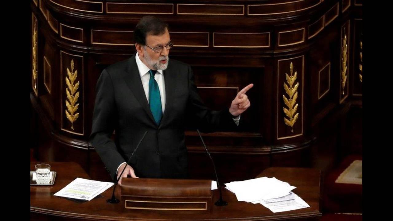https://cdn.cnngreece.gr/media/news/2018/06/06/133126/photos/snapshot/2018-05-31T143447Z_1978322314_RC18DEBF2030_RTRMADP_3_SPAIN-POLITICS.jpg