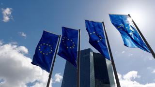 Επιπλέον δασμούς επιβάλει η ΕΕ σε αμερικανικές εισαγωγές