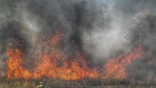 Μεγάλη φωτιά στην Πύλο Μεσσηνίας