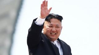 Αναχώρησε για Σιγκαπούρη ο Κιμ Γιονγκ-Ουν