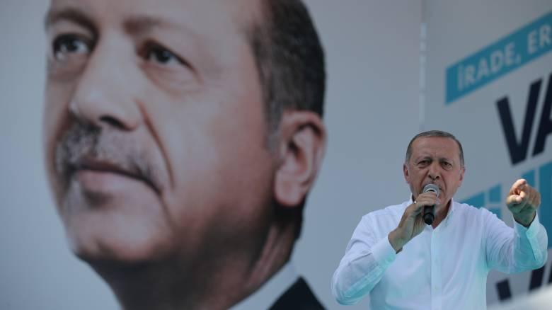 Ο Ερντογάν καλεί το δικαστήριο να εκδώσει άμεσα την απόφαση για τον Ντεμιρτάς