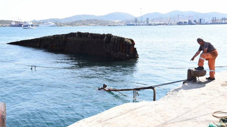 Ανέλκυση του «Corfu Island» μετά από 32 χρόνια