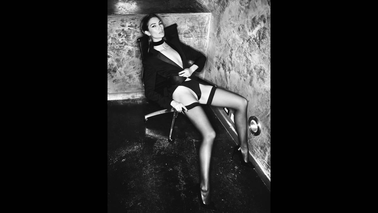 https://cdn.cnngreece.gr/media/news/2018/06/12/133991/photos/snapshot/lily-aldridge-by-david-bellemere-for-lui-magazine-march-2016-3-1.jpg