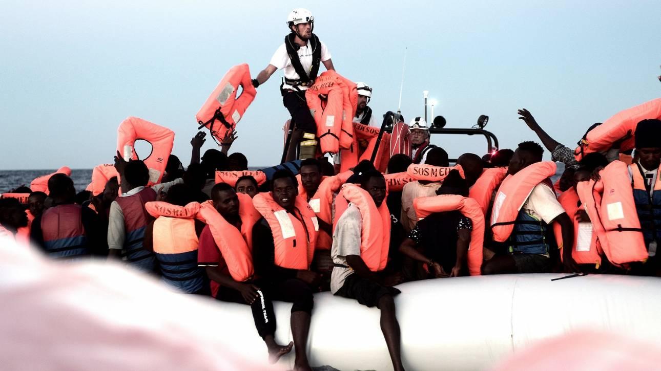 Ουγγαρία και Σλοβακία χαιρετίζουν τη στάση της Ιταλίας στο μεταναστευτικό