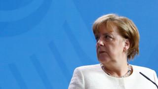 Μέρκελ για τη διένεξη στην G7: Προκληθήκαμε, η Ευρώπη πρέπει να δώσει απάντηση ενωμένη