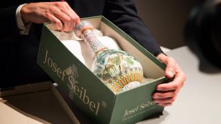 Βάζο ξεχασμένο σε σοφίτα πωλήθηκε αντί 16,2 εκατ. ευρώ