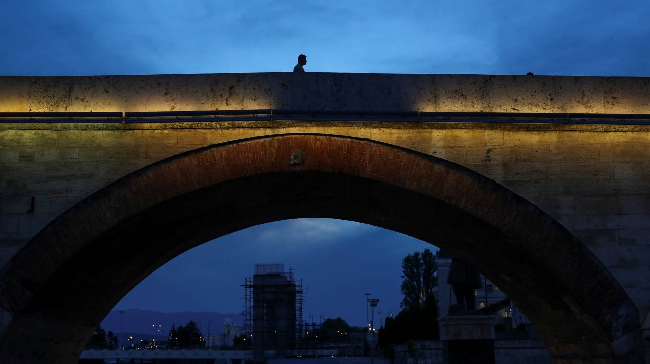 Η συμφωνία για τα Σκόπια: Κάποιοι θα κερδίσουν και κάποιοι θα χάσουν