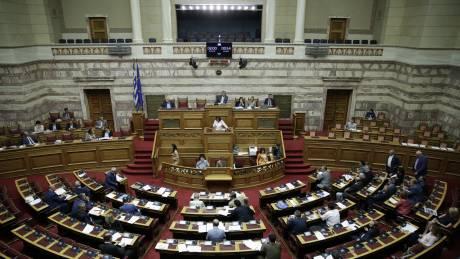 Πρόταση μομφής: Τι προβλέπει το Σύνταγμα και ο Κανονισμός της Βουλής