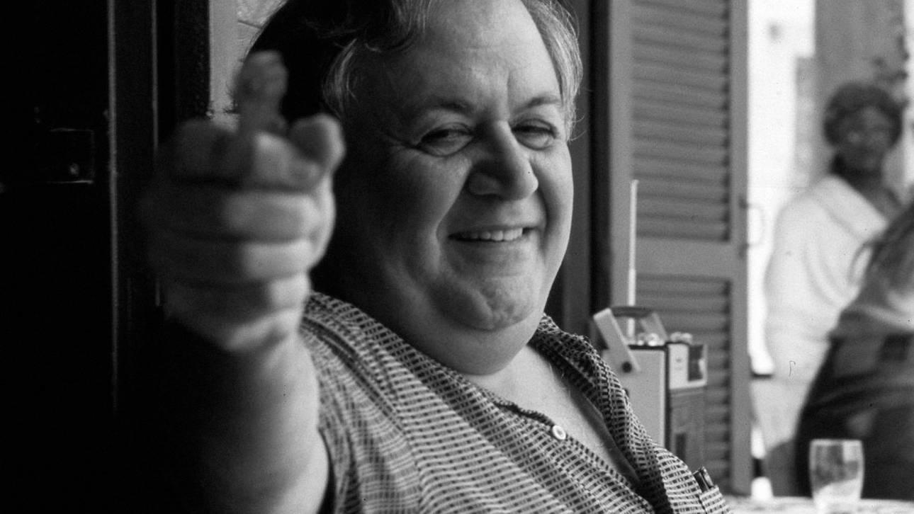 24 χρόνια χωρίς τον Μάνο: γιατί η οξυδέρκεια & ο λυρισμός του Χατζιδάκι λείπουν πολύ