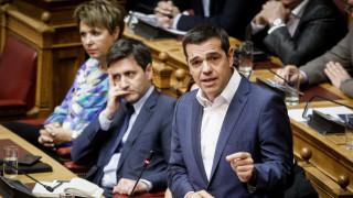 Κόντρα για το πολυνομοσχέδιο, «έκρηξη» για το Σκοπιανό