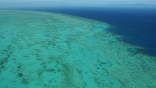 Αγώνας δρόμου για τη διάσωση του Μεγάλου Κοραλλιογενούς Υφάλου