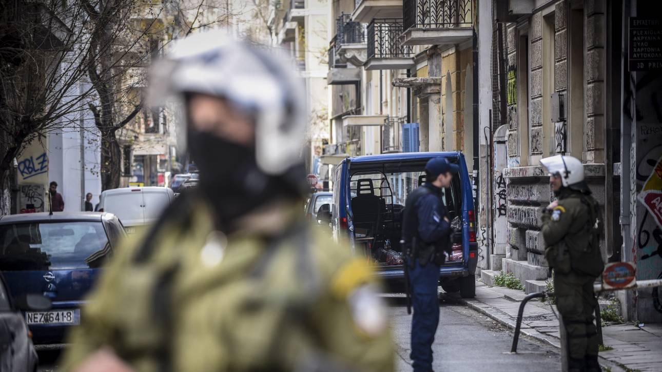 Έντεκα συλλήψεις μετά από επίθεση στα Εξάρχεια