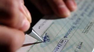 Αισθητή μείωση των ακάλυπτων επιταγών στο πεντάμηνο