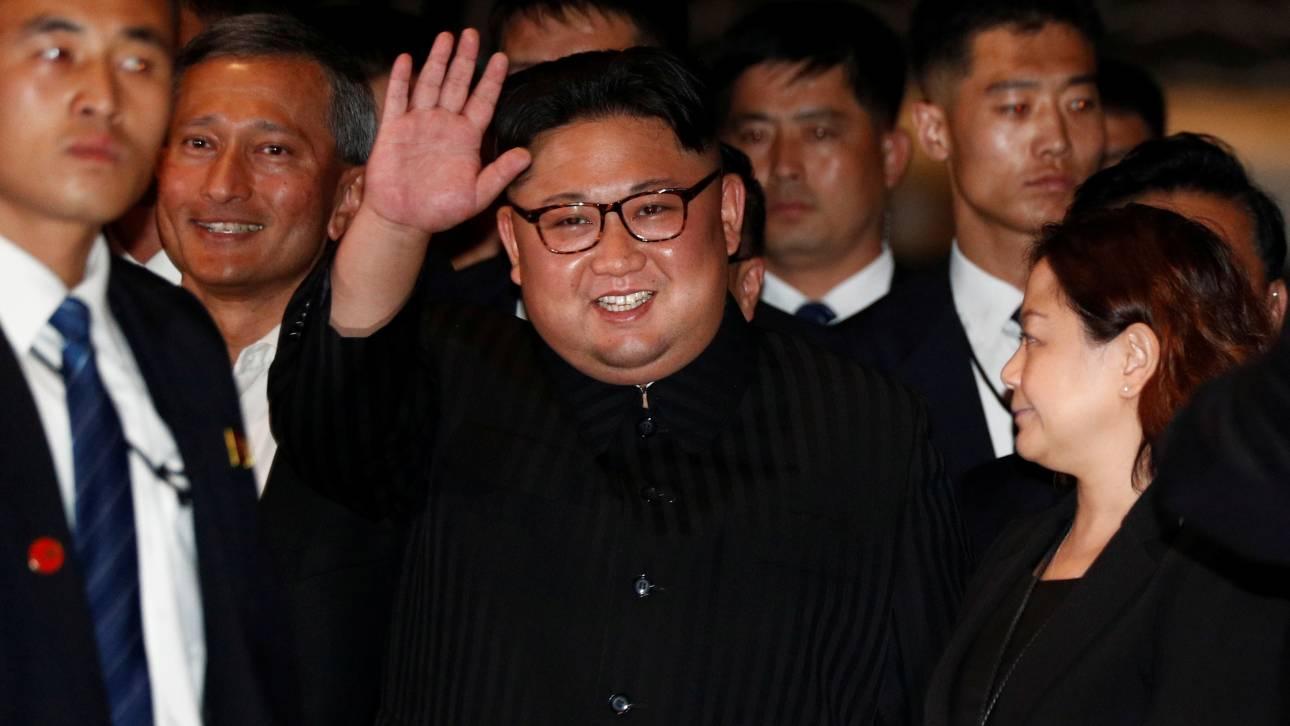 Με την... τουαλέτα του πήγε στη Σιγκαπούρη ο Κιμ Γιονγκ Ουν