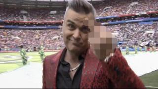 Παγκόσμιο Κύπελλο Ποδοσφαίρου 2018: ο Ρόμπι Ουίλιαμς στην πυρά