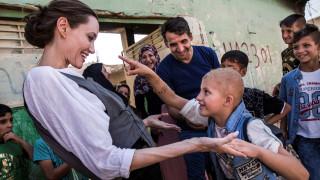 Τους κατοίκους της Μοσούλης επισκέφθηκε η Αντζελίνα Τζολί