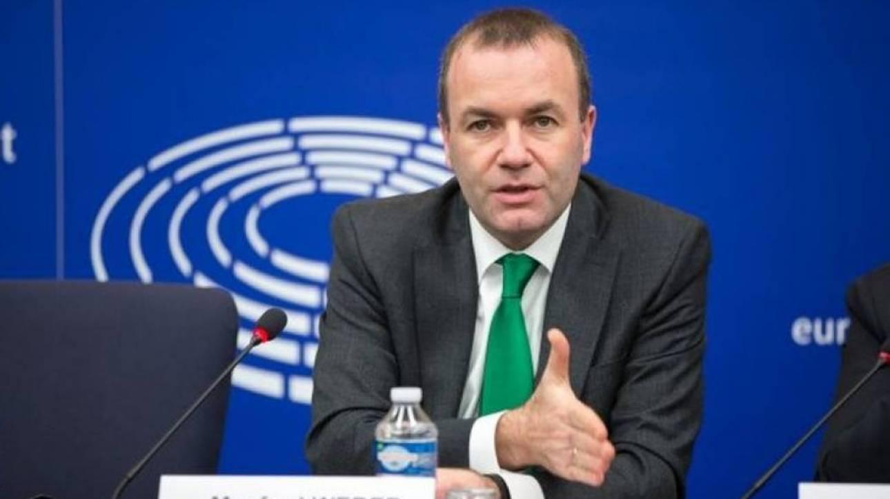 Βέμπερ: Το πρόβλημα της Ελλάδας δεν είναι τα δημοσιονομικά