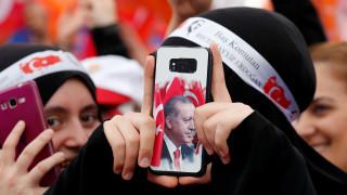 Εκλογές Τουρκία: Οι απαντήσεις σε πέντε φλέγοντα ερωτήματα πριν τις «διπλές» κάλπες