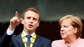 Μεταρρύθμιση της ευρωζώνης και μεταναστευτικό στην ατζέντα της συνάντησης Μέρκελ - Μακρόν