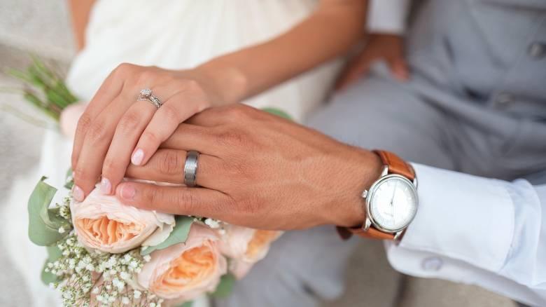 Παντρευτείτε... κάνει καλό στην καρδιά!