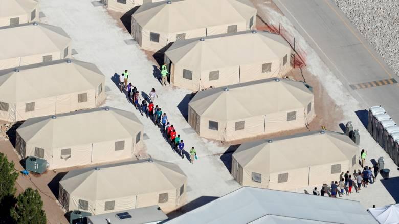 ΟΗΕ: Ανησυχία για την πολιτική των ΗΠΑ να χωρίζονται τα παιδιά μεταναστών από τους γονείς τους