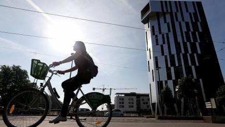 «Έξυπνο» μπουφάν για ποδηλάτες