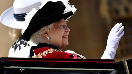 Royals united: η βρετανική μοναρχία γιορτάζει τα 700 χρόνια του Τάγματος της Περικνημίδας