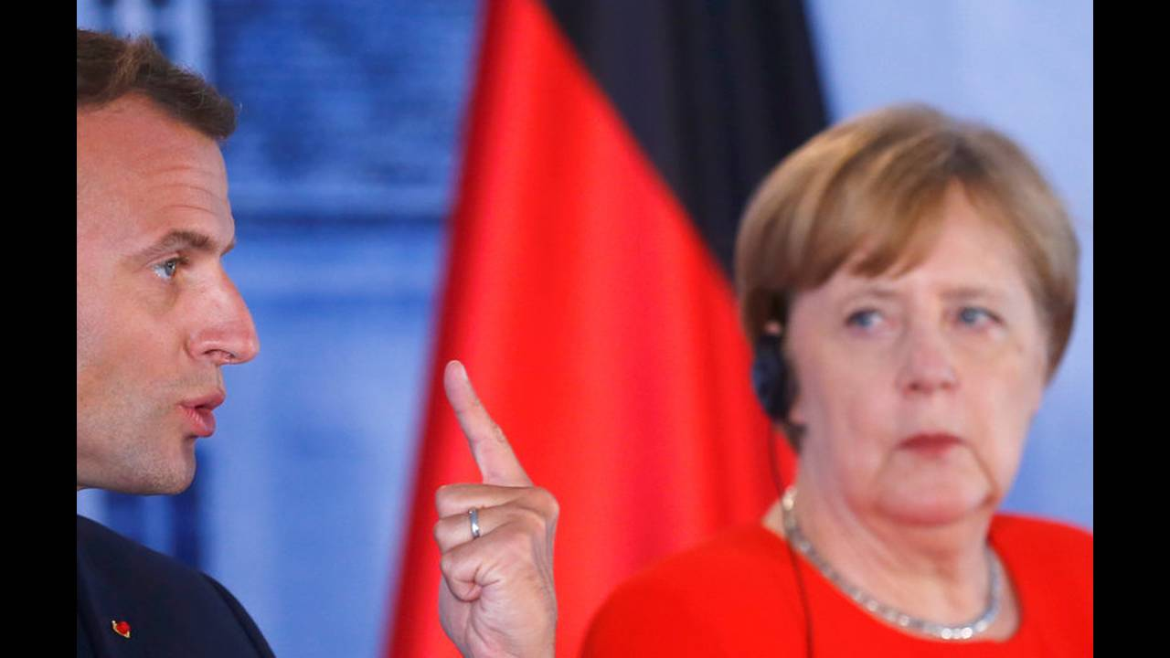 https://cdn.cnngreece.gr/media/news/2018/06/19/135164/photos/snapshot/2018-06-19T151132Z_1805938714_RC1D82F0A7F0_RTRMADP_3_GERMANY-FRANCE-EUROZONE.jpg