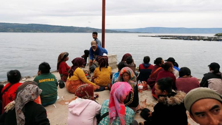 Ινδονησία: Τουλάχιστον 180 άνθρωποι αγνοούνται μετά την ανατροπή πλοίου