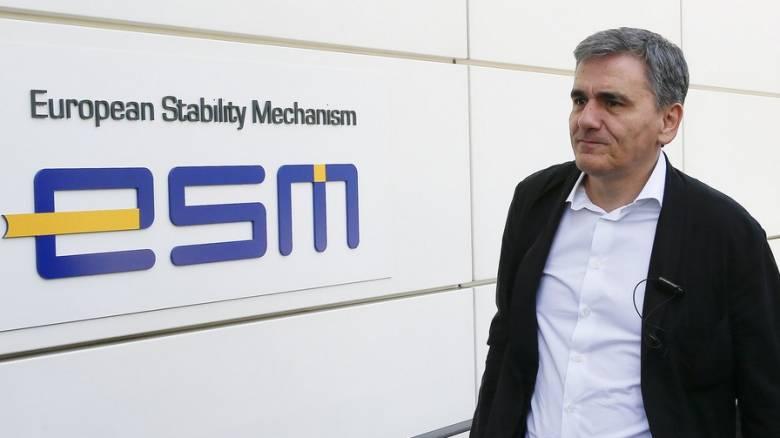 ESM: Η Ελλάδα αντιμέτωπη με ένα δύσκολο οικονομικό περιβάλλον