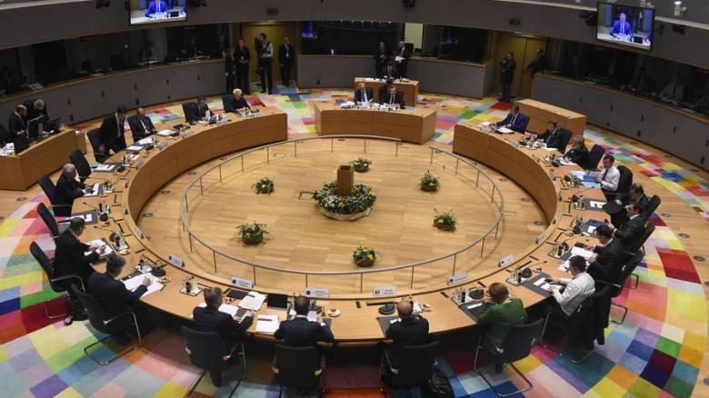 Financial Times: Έτοιμοι οι «19» της Ευρωζώνης να δώσουν ελάφρυνση του χρέους στην Ελλάδα