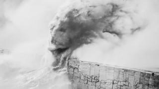 Σειρήνες, Θέτις και η οργή του Ποσειδώνα: όταν τα μυθικά τέρατα των κυμάτων προκαλούν δέος