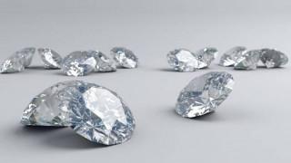 Πάτρα: Ληστές άρπαξαν 42 άκοπα διαμάντια από σπίτι