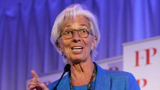 Λαγκάρντ: Μη με ρωτήσετε για την Ελλάδα, οι συζητήσεις συνεχίζονται