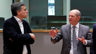 Μαραθώνια συνεδρίαση του Eurogroup: «Αγκάθι» η επιμήκυνση των δανείων του EFSF